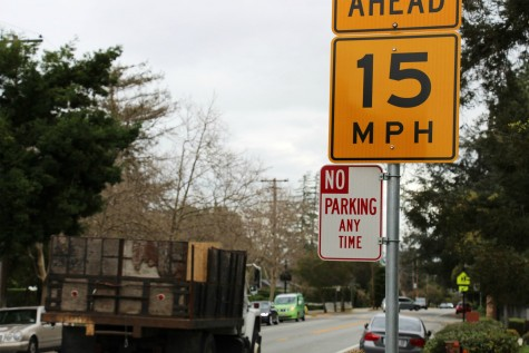 City Lowers School Speed Limit to 15