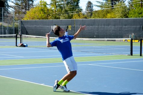 Boys Tennis Looks to Close Season Strong