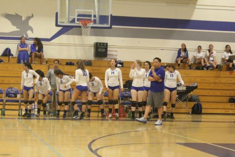 Girls Volleyball bests Mountain View in First League Match