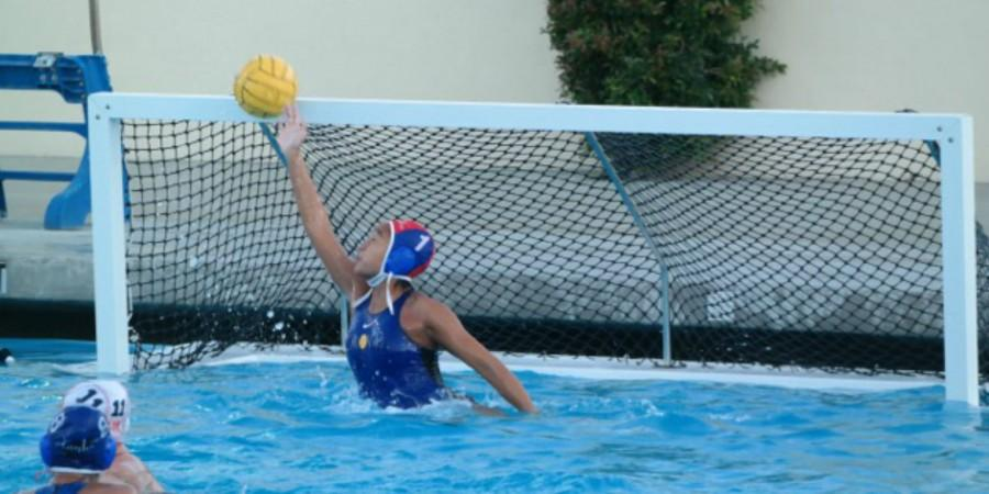 Sophomore+goalie+Trinity+Suh+makes+a+save.+Photo+courtesy+of+Christina+Pao.