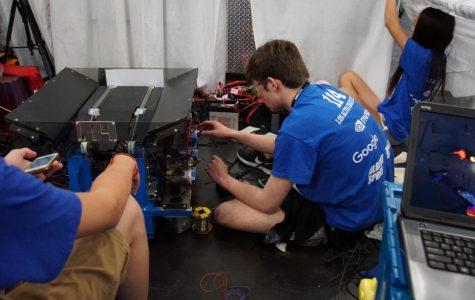 Los Altos Robotics Sees Mixed Results at FIRST Championship