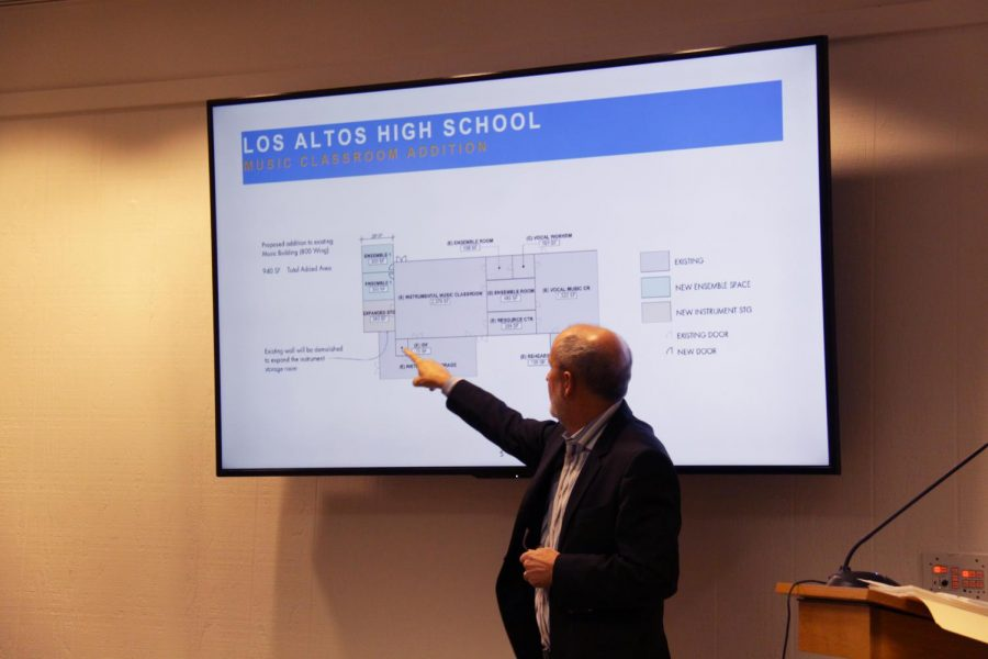 Architect Mark Quattrochi gestures at a diagram of new Los Altos music facilities for the MVLA School Board at yesterday's school board meeting. The school board approved the Facilities Master Plan in a 5-0 vote after adding funds for new ensemble rooms and music storage to cost at most $1,045,000. Alex Wong.