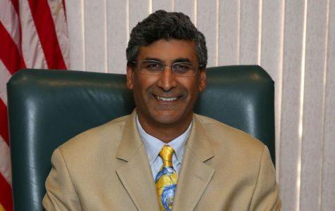 MVLA trustee's comment meets criticism