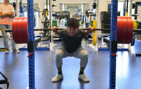 Jiayan Luo lifts himself to nationals