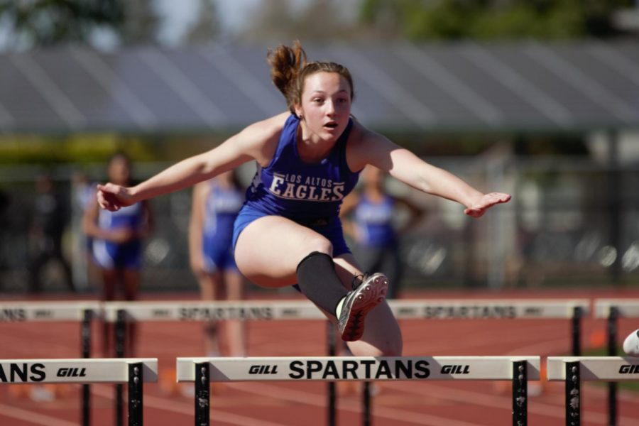 Nicole Player Hurdles Her Way to Pomona College