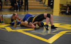 Mountain View defeats Los Altos in first wrestling dual meet