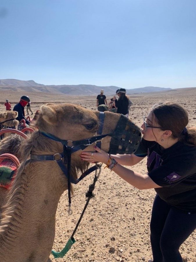 Sophomore+Gabby+Farber+is+spending+her+second+semester+abroad+in+Jerusalem%2C+as+part+of+the+Tichon+Ramah+Yerushalayim+%28TRY%29+program.+Through+this+experience%2C+she+hopes+to+establish+her+cultural+identity.+