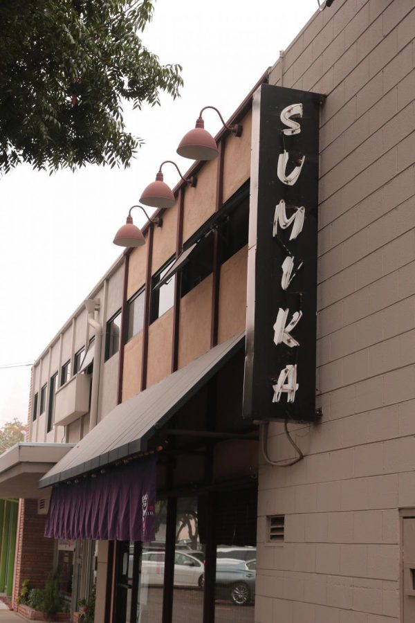 Located+in+Downtown+Los+Altos%2C+Sumika+Grill+is+one+of+the+four+Japanese+cuisine+restaurants+owned+by+Kuniko+and+Gary+Ozawa%2C+the+parents+of+Los+Altos+High+School+senior+Akane+Ozawa.+During+the+quarantine%2C+the+Ozawas%27+business+was+struck+hard+by+the+loss+of+customers.++However%2C+through+many+adaptations%2C+they+are+now+able+to+meet+the+needs+of+takeout+dining+and+continue+serving+customers+all+of+their+favorite+signature+dishes.