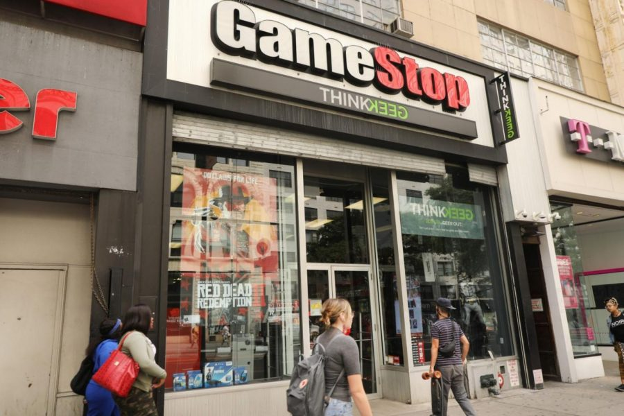 r/wallstreetbets members bought a significant amount of GameStop shares, increasing the price of the shares and causing large investors who bet against the stock to lose money.