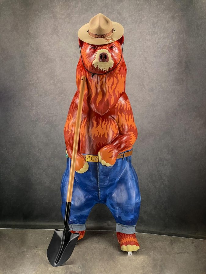 Yashs fiery take on Smokey the Bear has dazzled Los Altos residents, attracting the highest bid of any bear in its size.