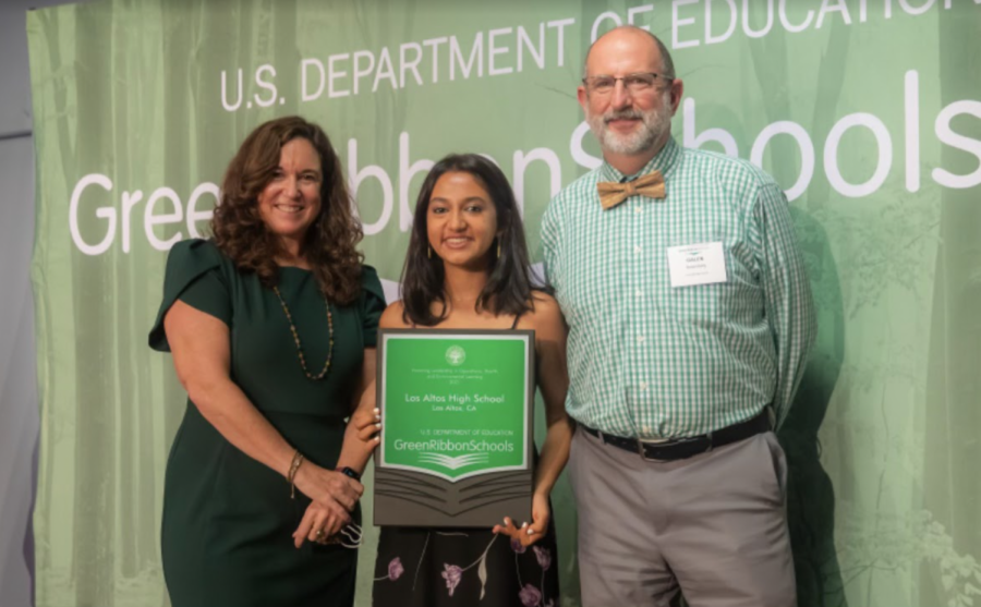 Green Team president senior Diya Gupta and Assistant Principal Galen Rosenberg receive LAHSs Green Ribbon award.